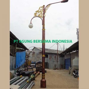 Jasa Pembuatan Tiang Lampu PJU