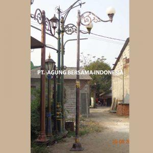 Jasa Pembuatan Tiang Lampu Antik