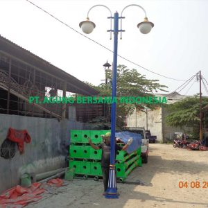 Pabrikasi Tiang Lampu Taman Minimalis