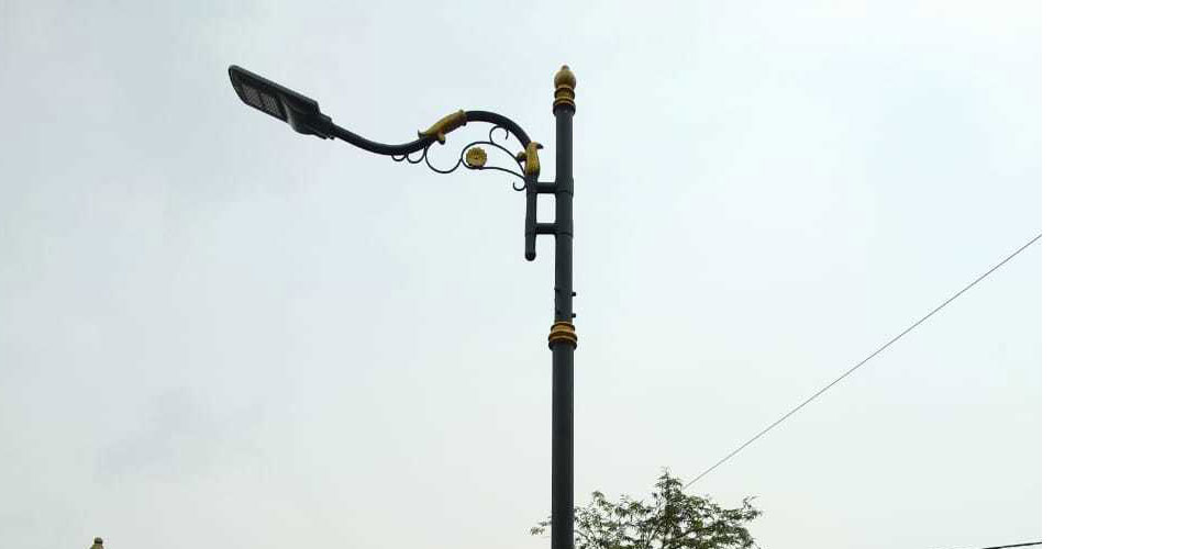 tiang lampu jalan minimalis